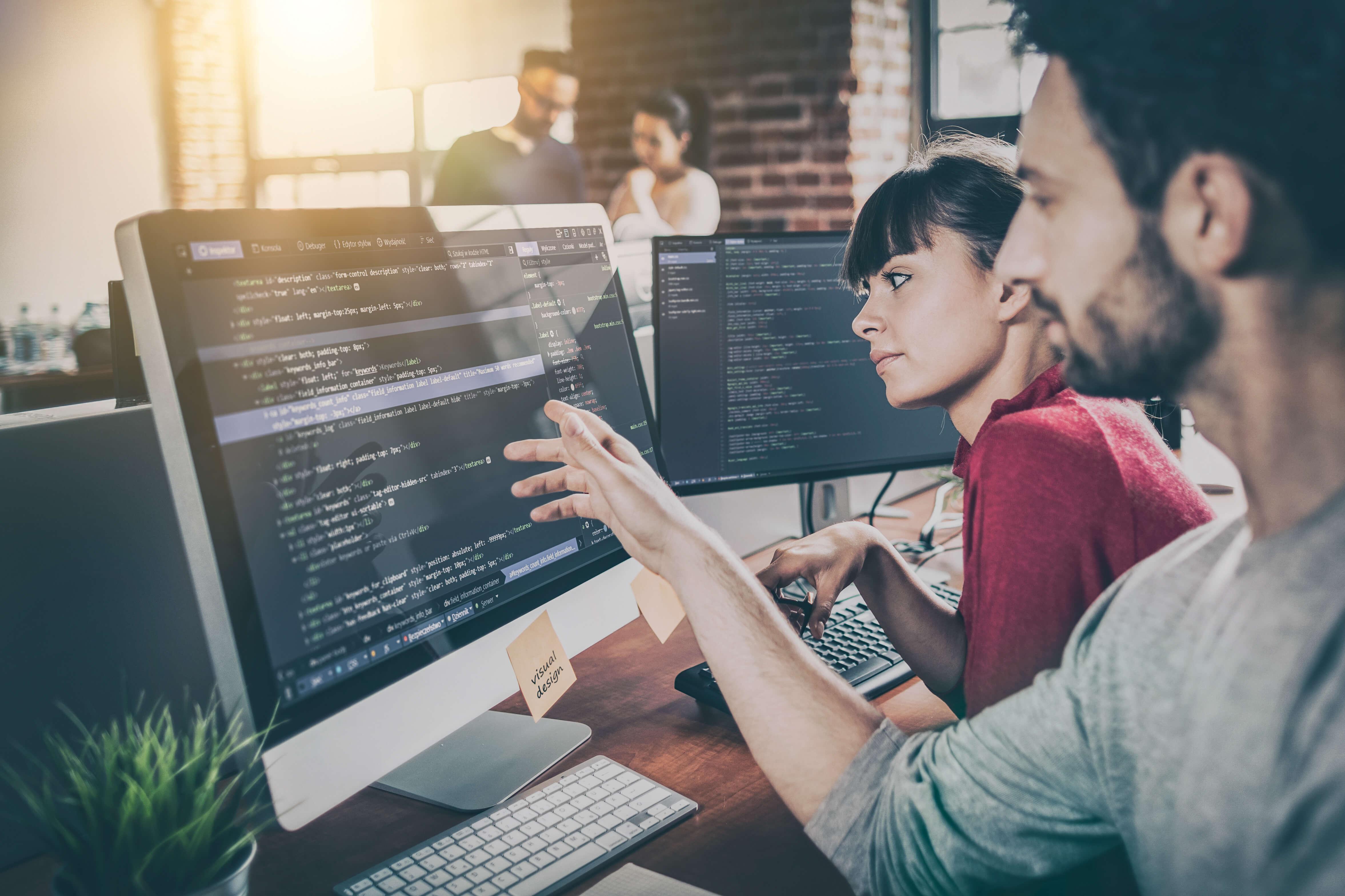 Webエンジニアは週末起業で収入アップ!週末起業エンジニアの可能性