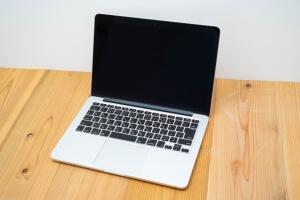 週末起業ビジネスで重要なホームページ制作のポイント
