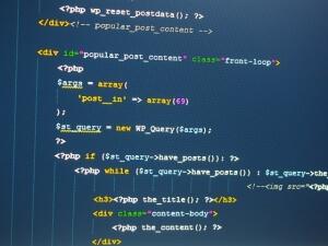 週末起業にはどのプログラミング言語がおすすめ?