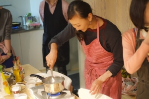 料理のスキルを活かした週末起業①料理教室