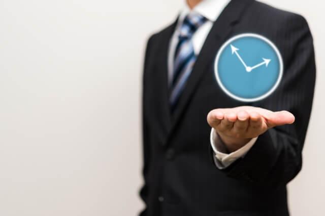会社員の仕事の無駄を減らし、時間を作る