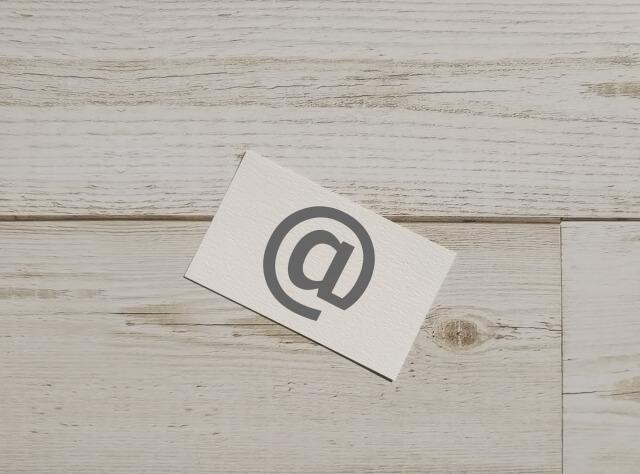 週末起業に必要な名刺、どんな内容にするべき?