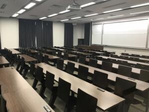 パソコン教室の週末起業では集団教室形式はハイリスク?